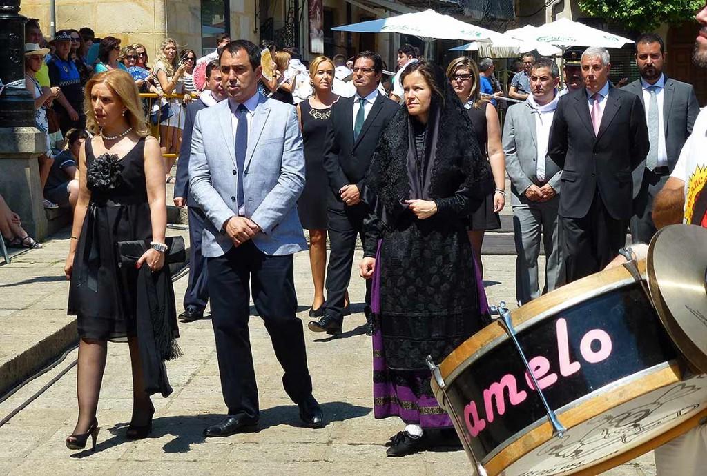 Concejales-Ayuntamiento-Lunes-de-Bailas-Sanjuanes-Soria-2015