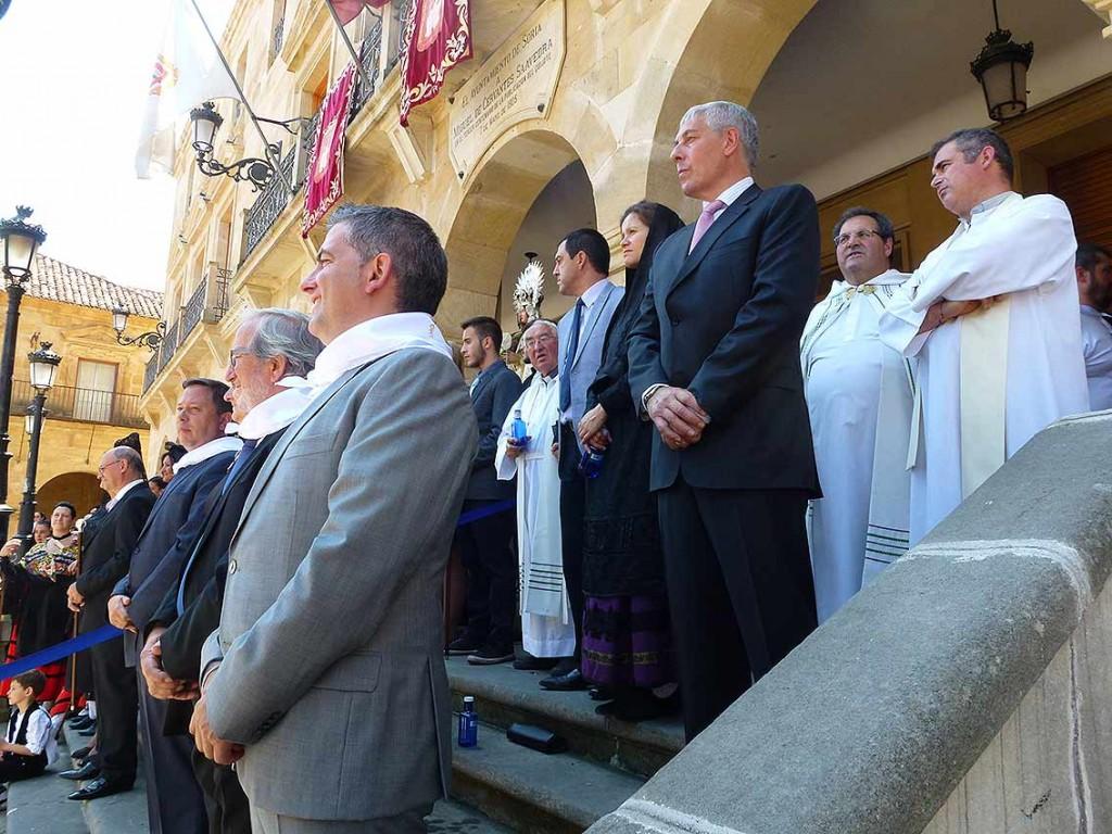 Concejales-Ayuntamiento-de-Soria-homenaje-a-La-Blanca-2015