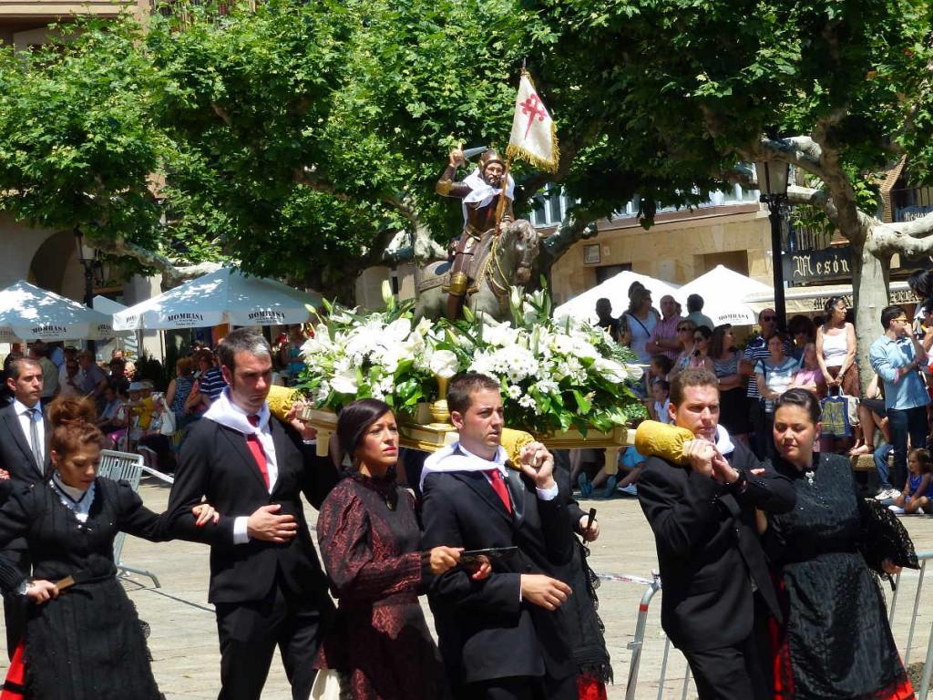 Cuadrillas Homenaje a la Blanca_Sanjuanes_Soria_2015 d