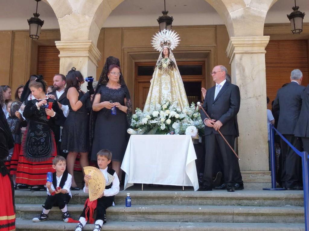 Jurados de La Blanca en Lunes de Bailas_Sanjuanes_Soria_2015