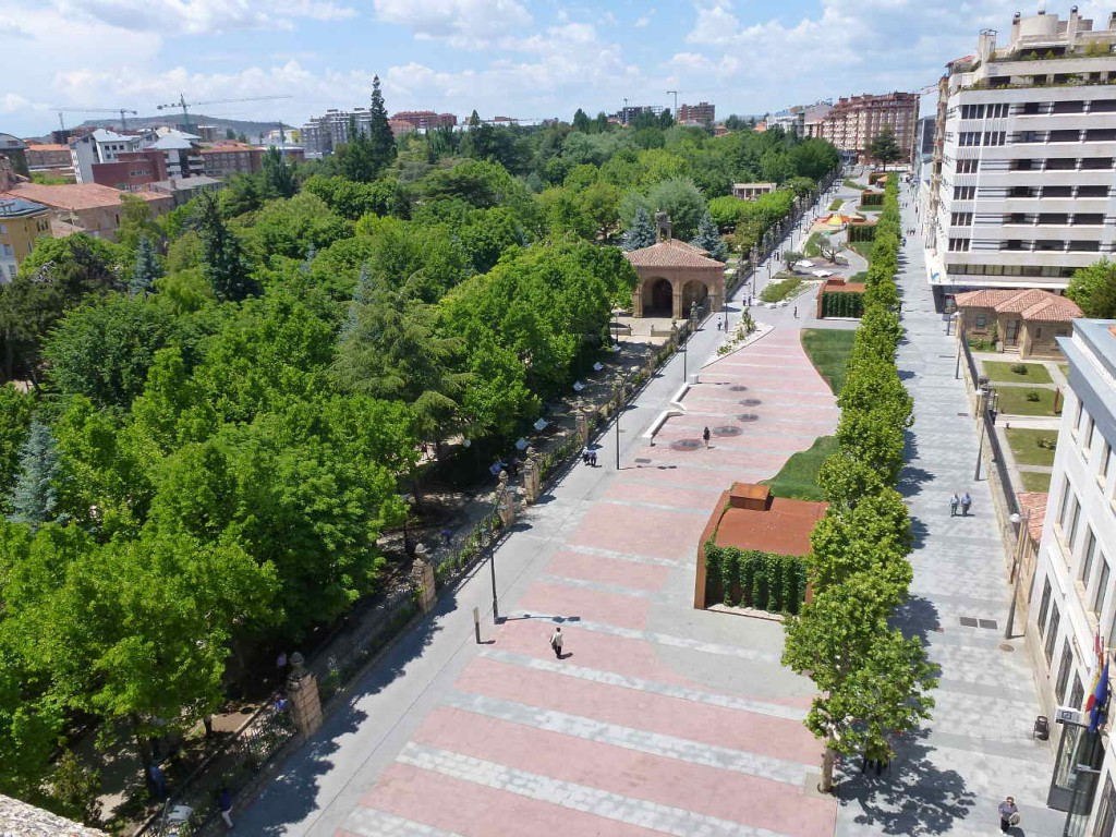 Paseo del Espolon en Soria mayo 2015