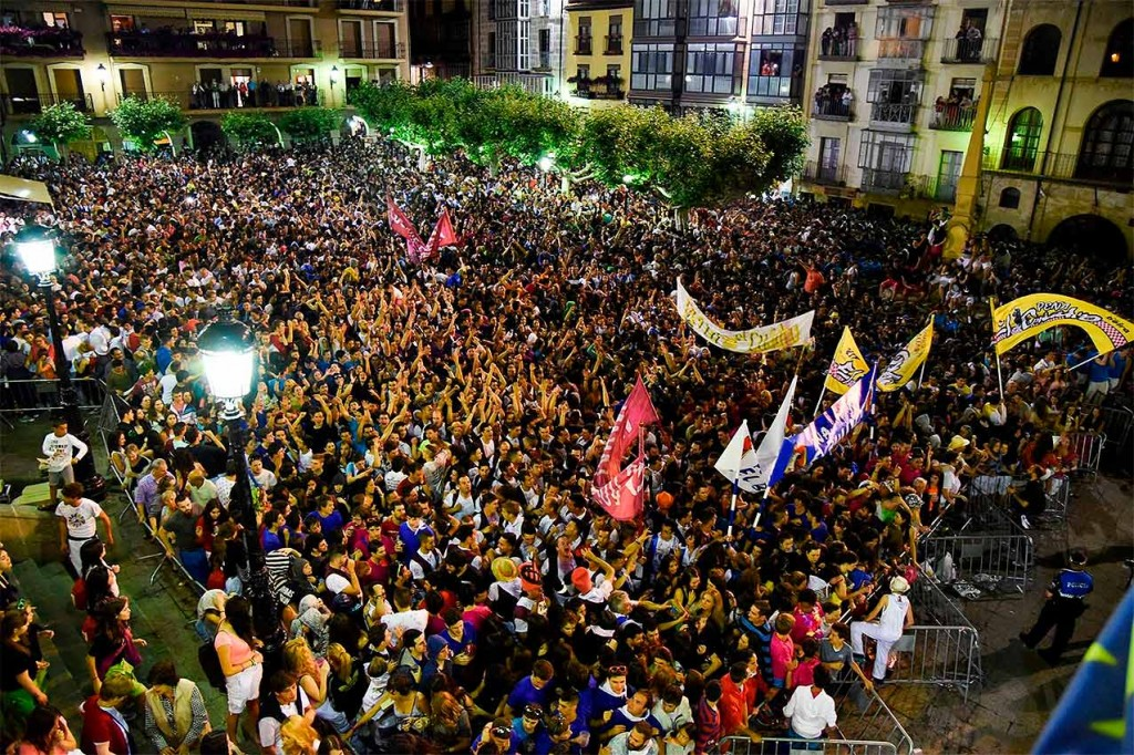 Sanjuaneros-y-Sanjuaneras_Pregon2015_El-Miron-de-Soria