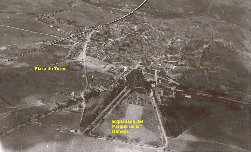 En el primer tercio del siglo XX la Dehesa se encontraba muy desangelada como puede verse en esta fotografía conservada en el Archivo Histórico Provincial de Soria (AHPS)