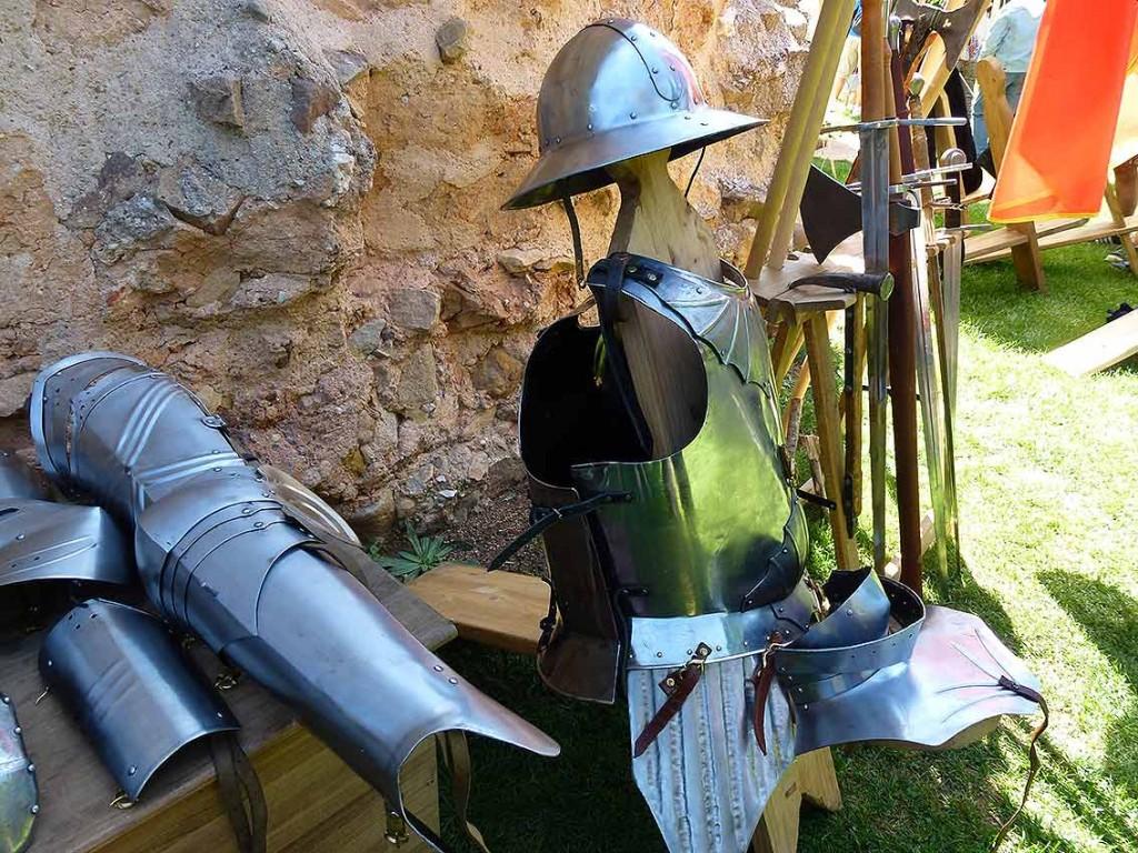 armaduras-oria-dauria-en-castillo-de-Soria