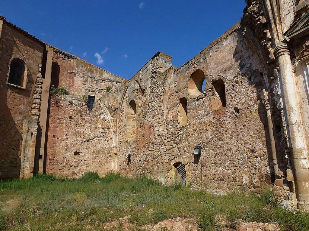 espacios-de-antiguas-capillas-iglesia-franciscana-de-Soria