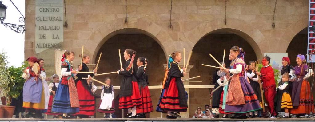 Paloteo en Grupo de Danzas Sorianas