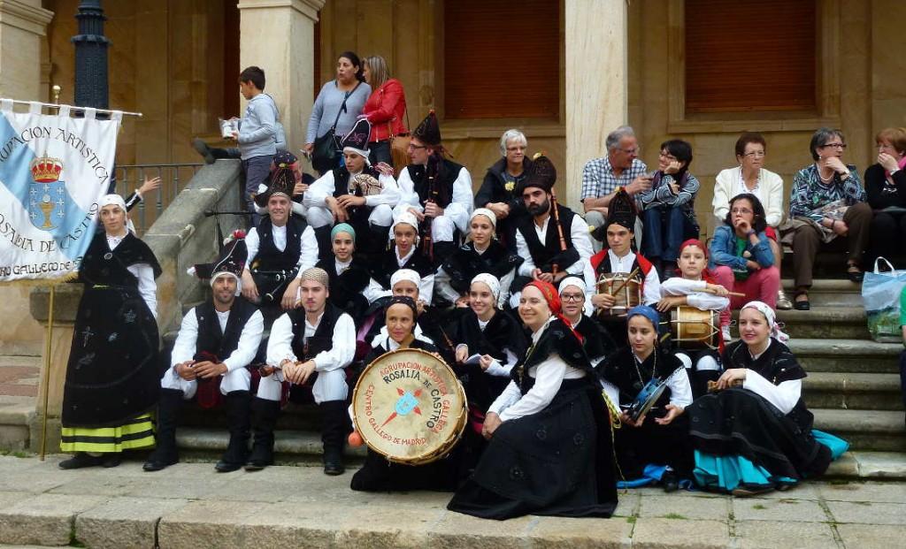 XX Festival de Musica y Danza Tradicional de Soria -grupo Rosalia de Castro de Madrid