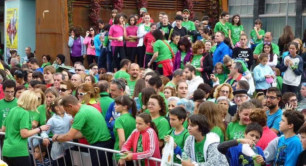 Tercer-Camino-por-Soria-contra-el-Cancer-gente-en-Mariano-Granados