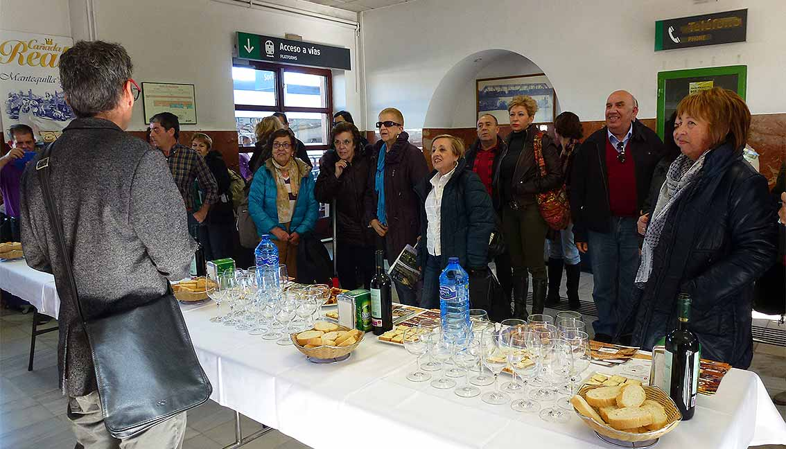 Tren-Machadiano-en-Soria-recibimiento-gastronomico
