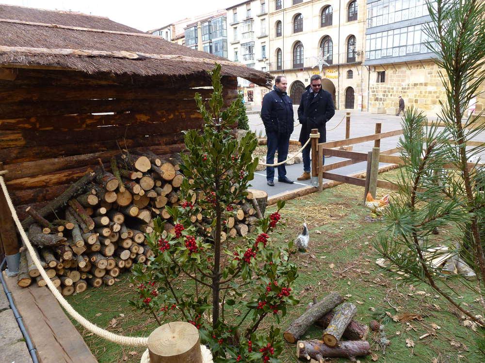 belen Ayuntamiento de Soria 2005 madera y granja
