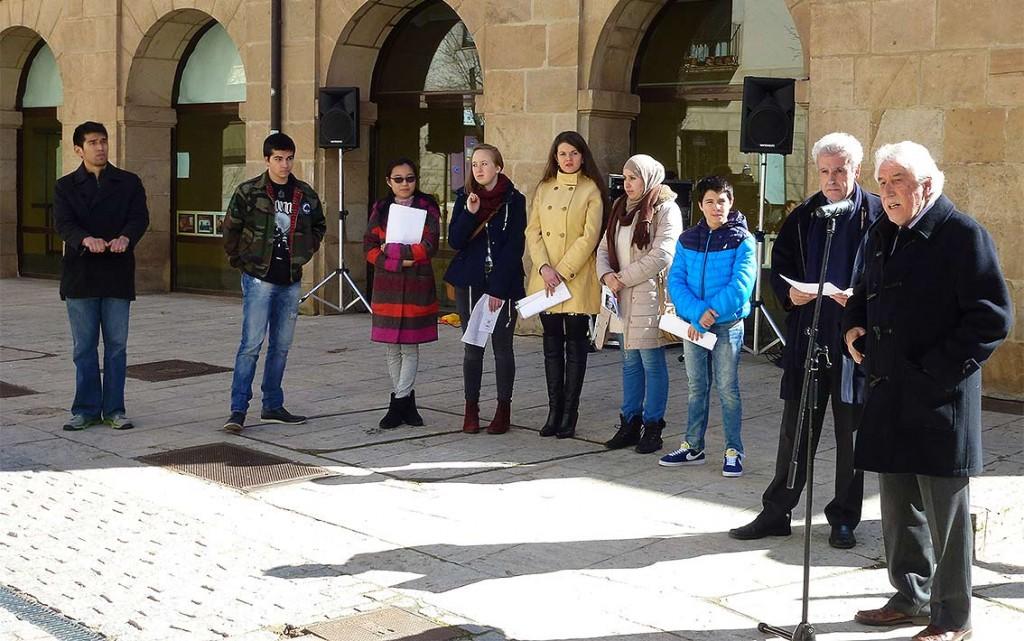 Alumnos-Centro-de-Interpretacion-de-Soria-en-homenaje-a-Machado-y-Ruben-Dario