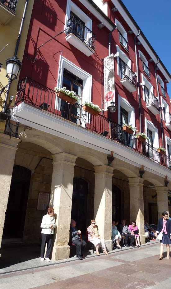 Casino de Soria y Casa de los Poetas, fachada