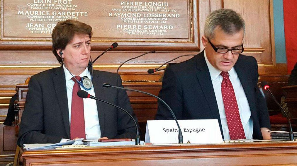 El alcalde de Soria, en París, junto a David Lucas, alcalde de Móstoles