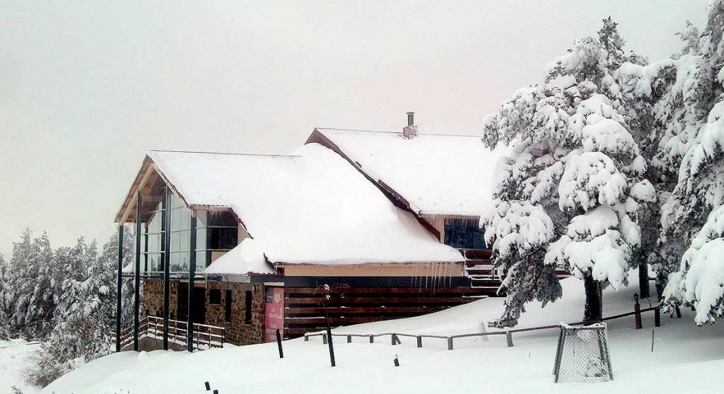 Restaurante-de-Santa-Ines-nevado-en-Soria-2