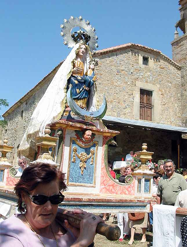 Romería de la Virgen del Almuerzo en Narros