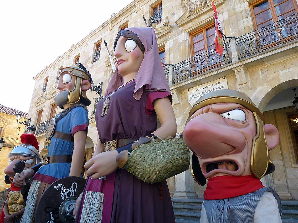 celtiberos-y-romanos-en-cabezudos-y-gigantes-de-soria3