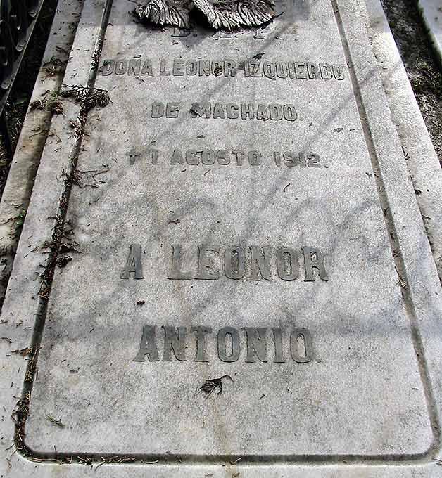 detalle-tumba-de-leonor_esposa-de-antonio-machado